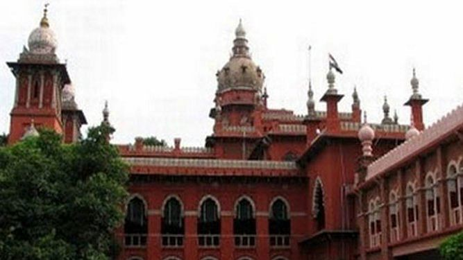DMK moves HC over communique restraining parties, charitable outfits giving food to needy