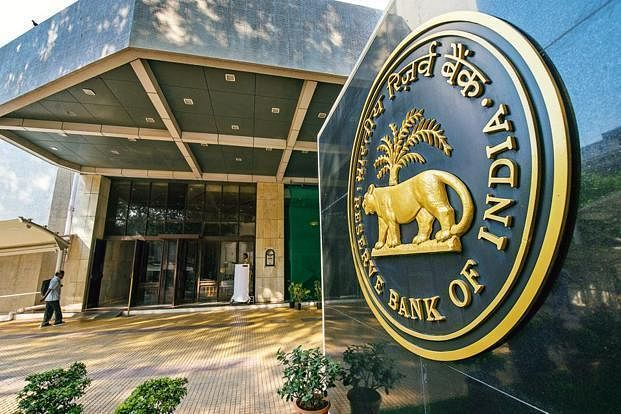 Did the Modi govt secretly transport 200 tonnes of RBI's gold to Switzerland  in 2014?