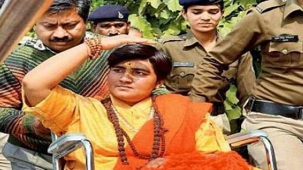Now, BJP MP Pragya Thakur gives explanation about Spicejet passengers confronting her for delay in flight