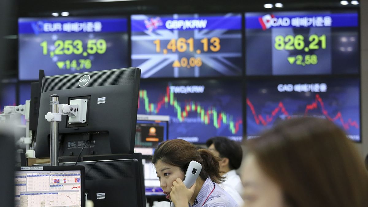 Asian markets tumble after Wall Street battering as China retaliates