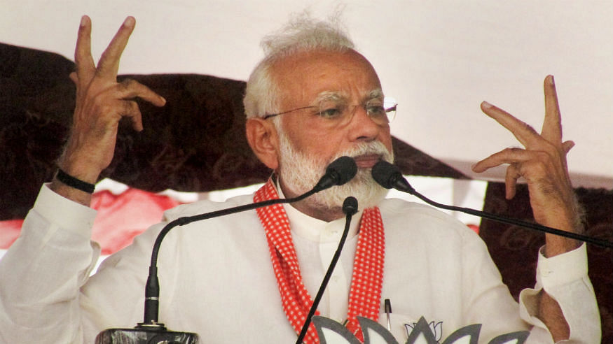 PM Modi trolled yet again for claims of using digital camera, email in 1988