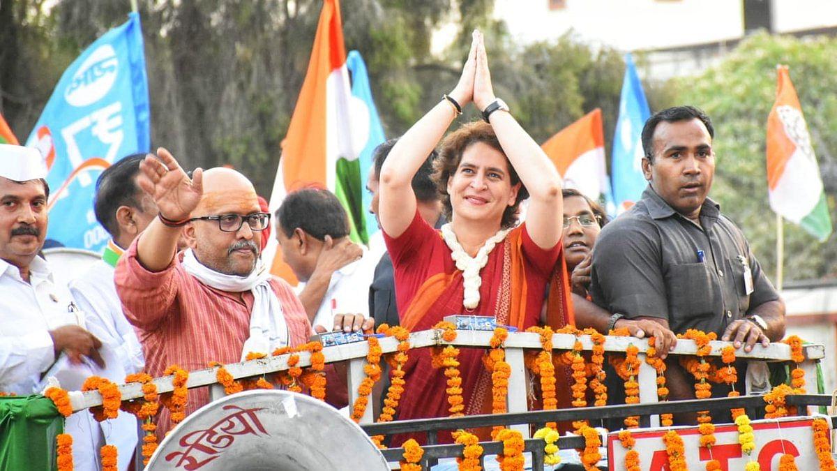 Lok Sabha Election 2019 LIVE: Priyanka Gandhi starts roadshow in Varanasi amid massive crowd