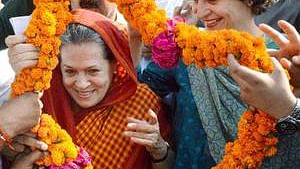 Sonia Gandhi, Priyanka visit Raebareli to thank voters
