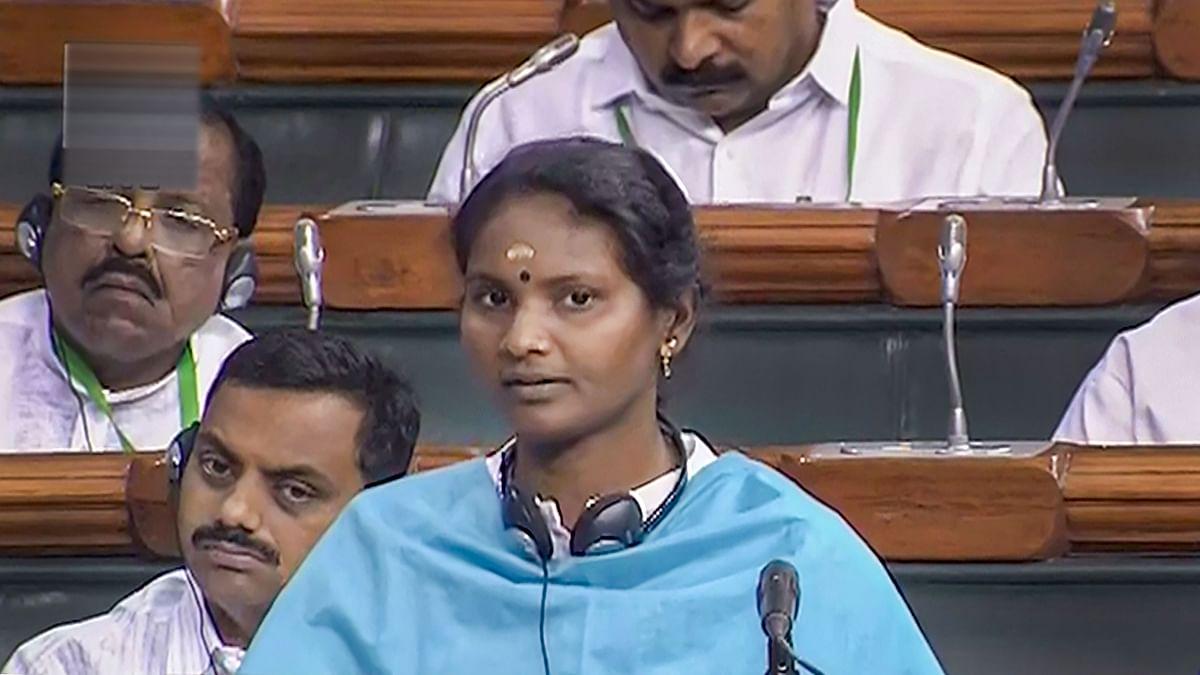 Congress MP Ramya Haridas writes to Speaker against heckling by BJP MP