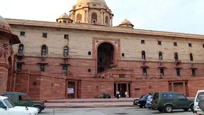 Big bureaucratic reshuffle in Modi govt; AK Sharma, Tarun Bajaj move out from PMO
