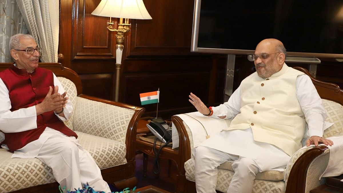 Gujarat Governor O.P. Kohli meets Union Home Minister Amit Shah, in New Delhi on June 11, 2019 (IANS Photo)