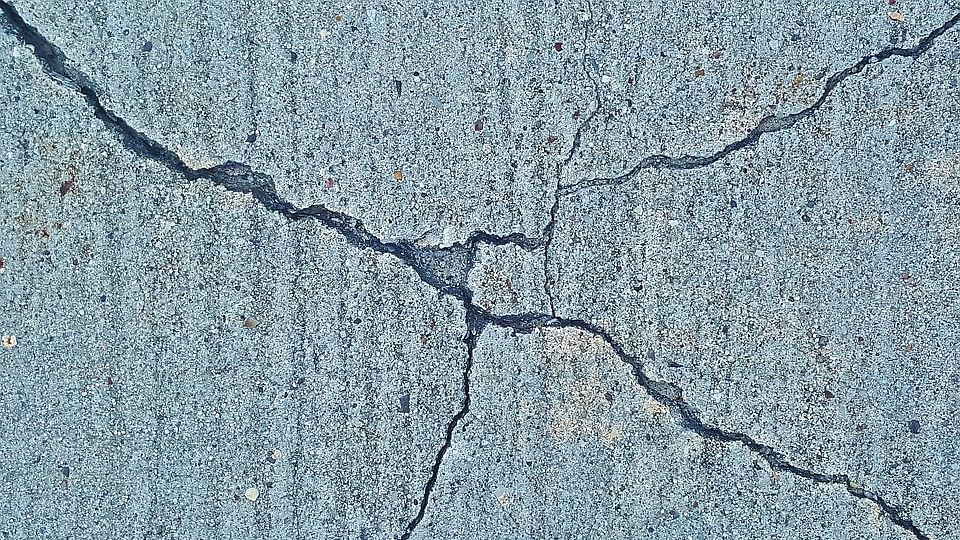 Moderate intensity earthquake jolts Kashmir
