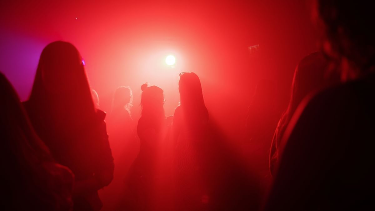 Rave party busted in south Delhi, 8 held