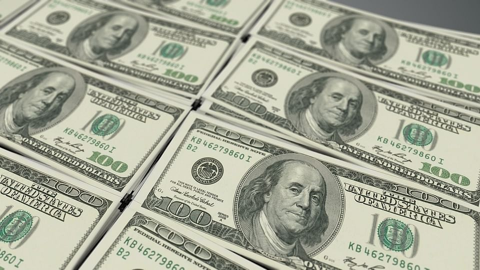 Dollar drops amid bets on rate cuts by US Federal Reserve, after fresh economic sanctions on Iran