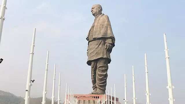 Rains create puddles in Statue of Unity viewers gallery