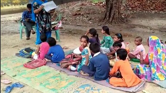 School in Yogi's UP has no building, toilet, clean water