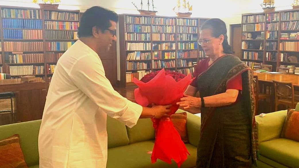 MNS chief Raj Thackeray calls on Sonia Gandhi