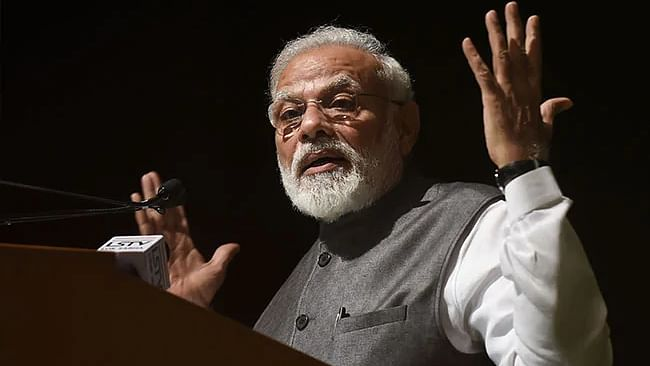 Twitterati troll PM Modi after he claims to have met  former PM Chandra Shekhar  in 1977