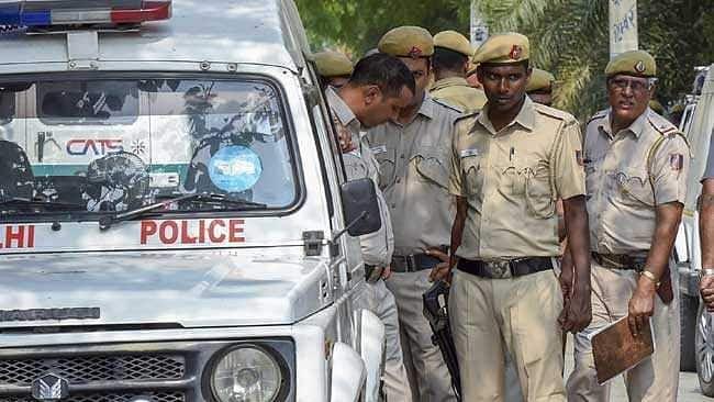 Delhi: Teenage boy beaten to death for theft