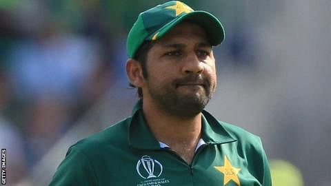 Pakistan win the toss, Sarfaraz hopeful of scoring 500 runs