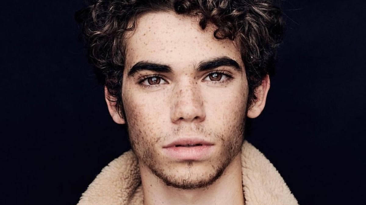 A Friend To Many Celebs Mourn Cameron Boyce S Demise