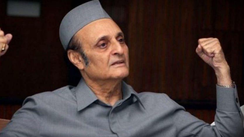 CWC must meet immediately under Manmohan; negative cycle should be reversed, says Karan Singh