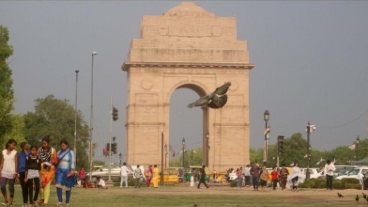 Despite drizzle in Delhi, temperature  to remain high