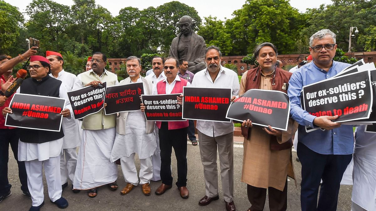 Opposition protests in Lok Sabha over accident case of Unnao rape survivor