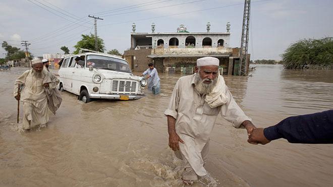 28 killed in flash floods in PoK
