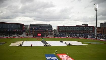 India vs New Zealand LIVE: Match stopped due to rain