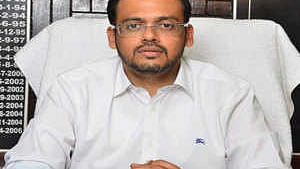 CBI raids UP IAS officer for illegal mining