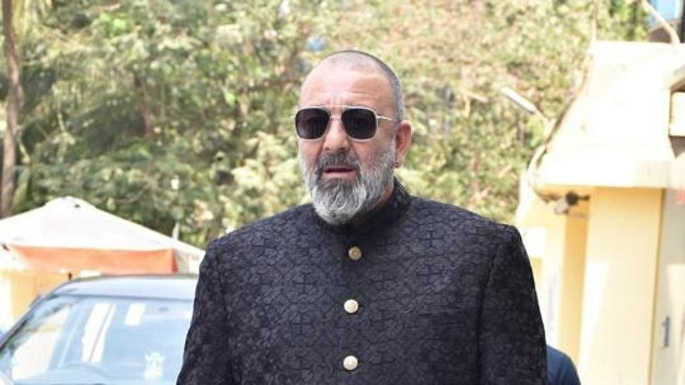 """I'll not be joining any political party"" says Sanjay Dutt"