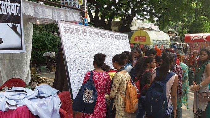 Overwhelming support for Congress signature campaign for justice to Unnao rape survivor