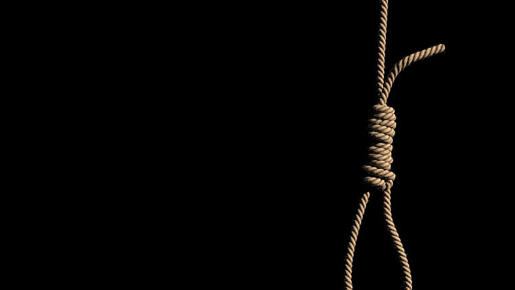 BSF trooper's daughter commits suicide in Delhi