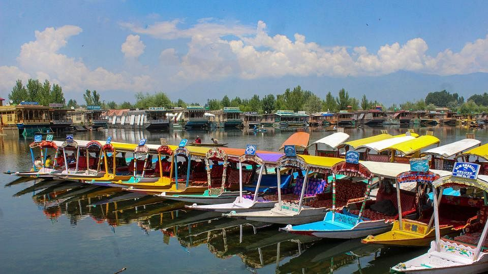 Future tense: Kashmir tourism industry in a bind like never before