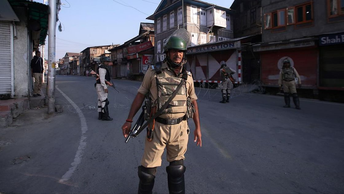 Curbs on Kashmir Media: PCI Chief asked to withdraw intervention