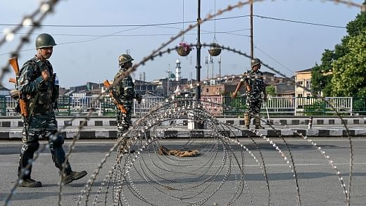 Centre rejects media report claiming massive protests in Srinagar