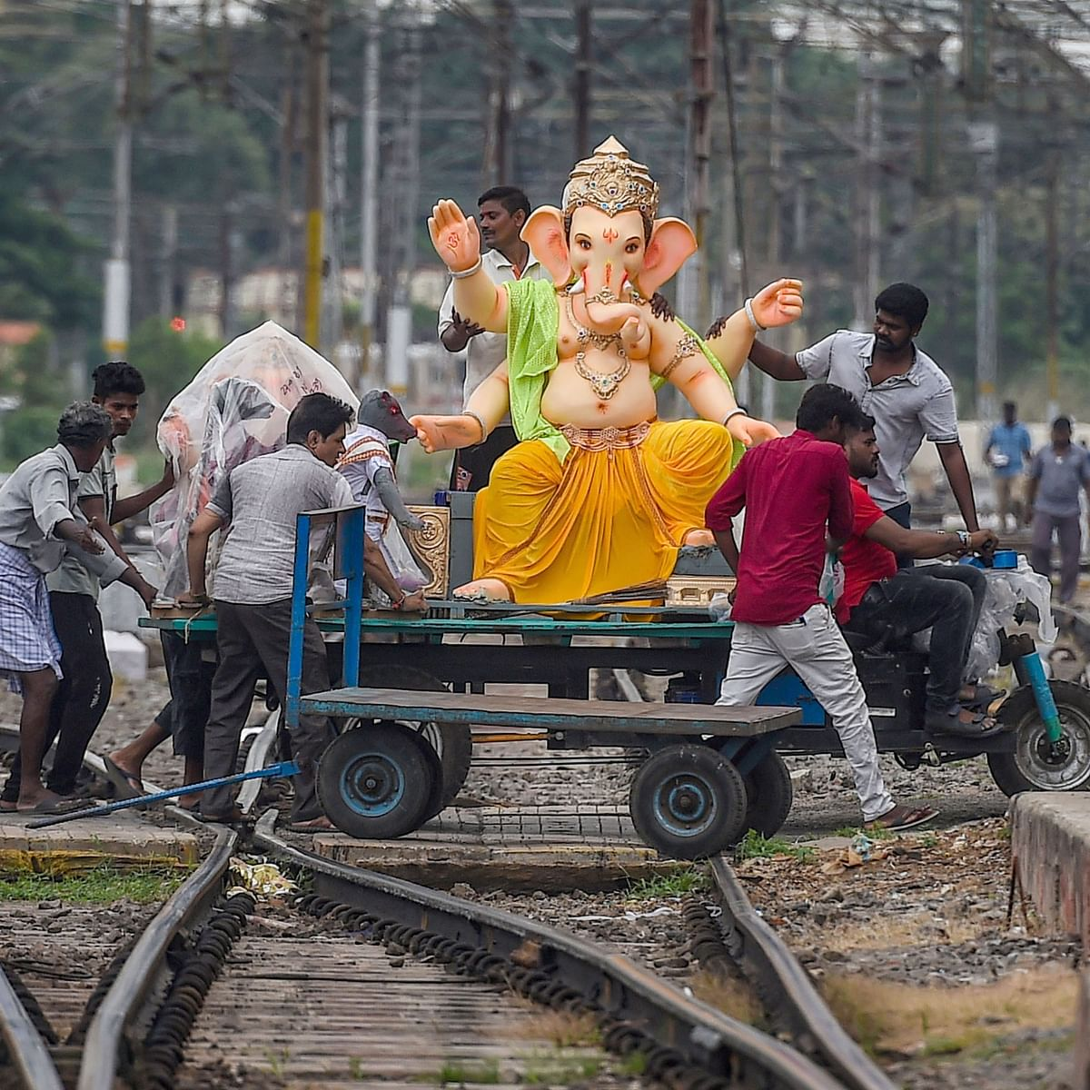 LIVE News Updates: No permission to puja mandaps for Ganesh Puja in Odisha in the wake of pandemic