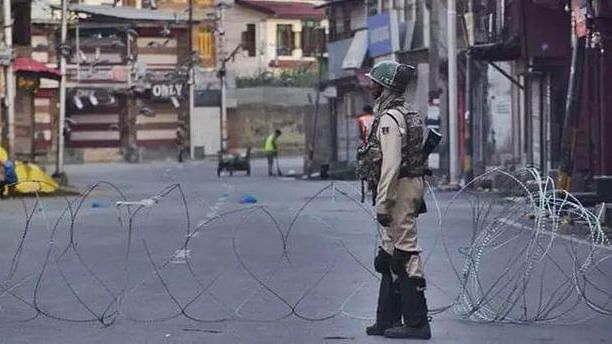 Communication blockade fueling anger in Kashmir
