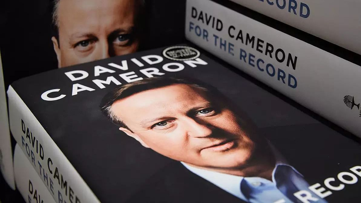 Manmohan Singh was ready for military action against Pak if another Mumbai-like attack took place: Cameron