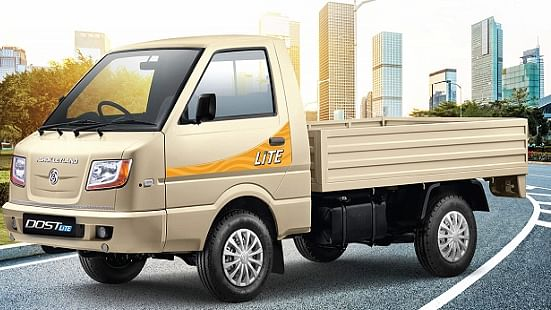 Auto sector slowdown: Workers anxious, 'worried about next month' as Ashok Leyland announces non working days