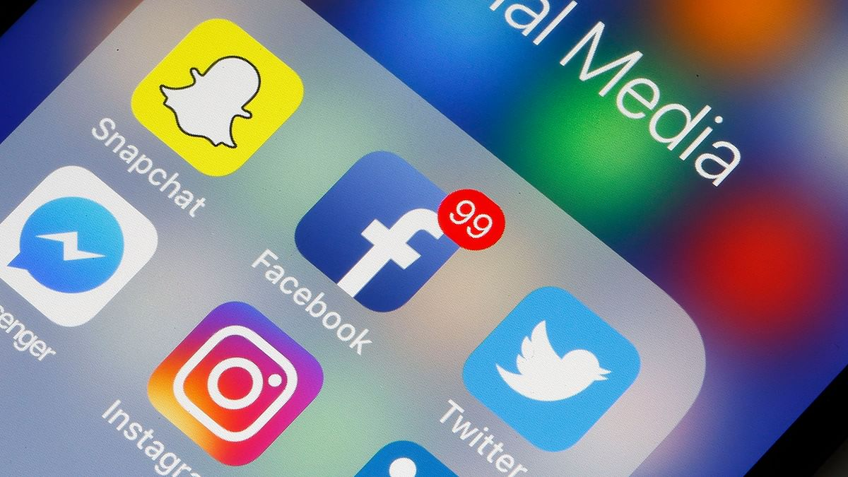 40% Indians fear getting fired for thorny social media posts