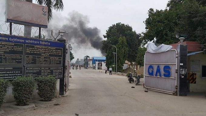 Gas tank  explodes at Hindustan Petroleum Corporation Plant in Unnao
