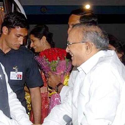 Jaipal Reddy (right) with Manmohan Singh (file photo, PTI).