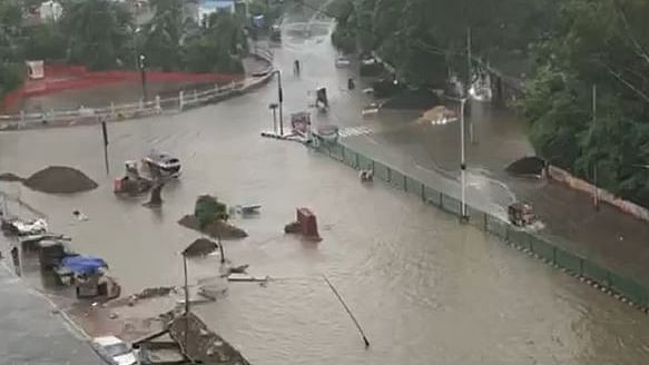 Flooded roads in Patna on Saturday after 48 hours of incessant rains (NH photo)