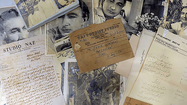 Sahir Ludhianvi's priceless handwritten notes, poems found at scrap shop!