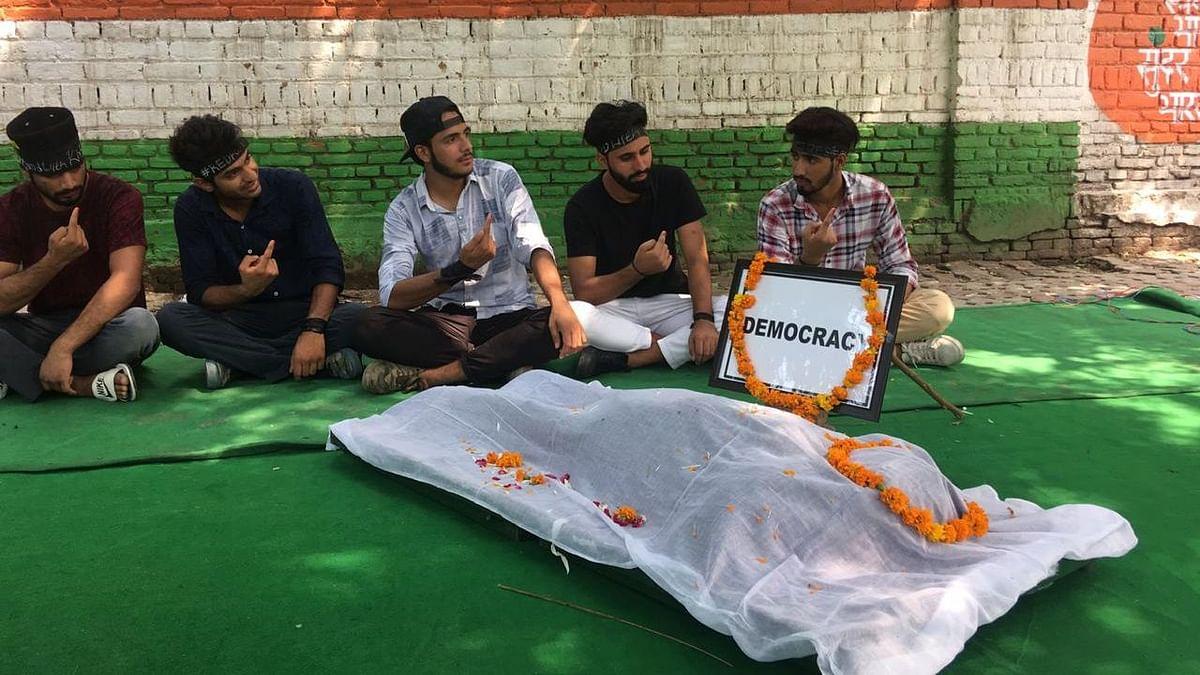Kashmiri activists stage protests at Jantar Mantar on Muharram