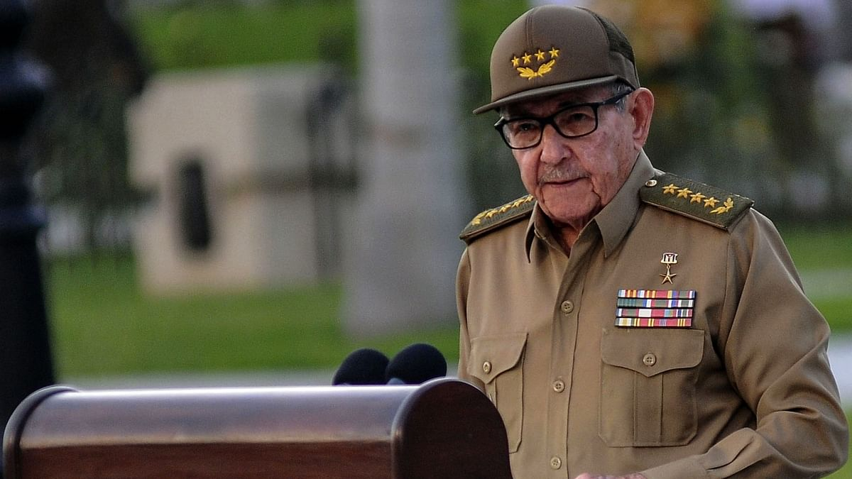 Twitter suspends accounts of Raul Castro, Cuban media outlets