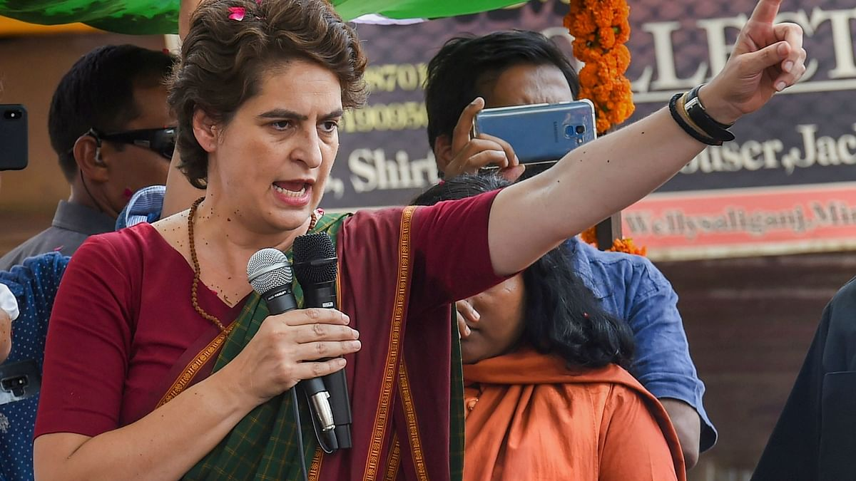 Middlemen benefited due to bankruptcy of your policy, says  Priyanka to Sithraman on onion prices