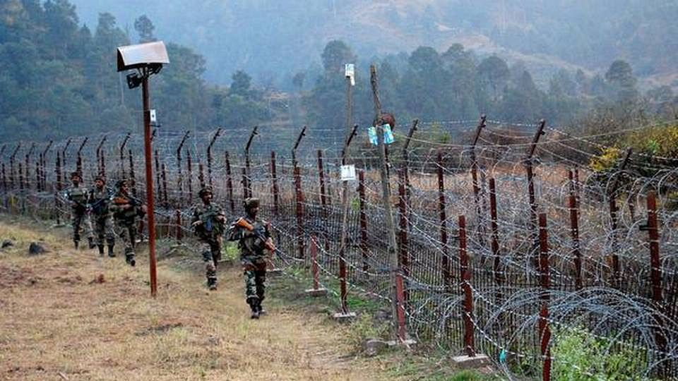Pakistan violates ceasefire on LoC in J&K's Poonch district