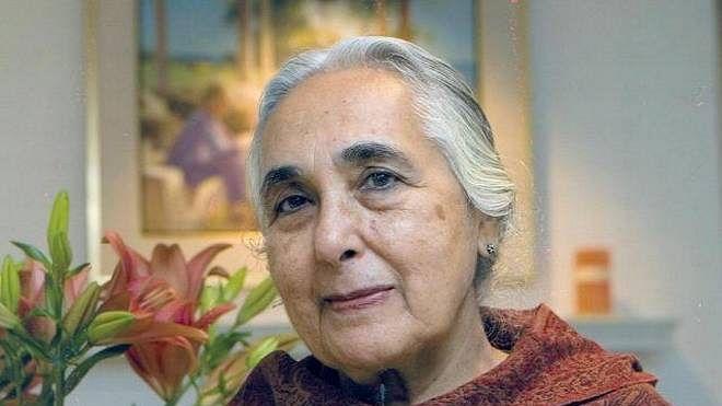 JNU wants to verify historian Romila Thapar's degrees ! Twitter seeks to see Modi and Irani's