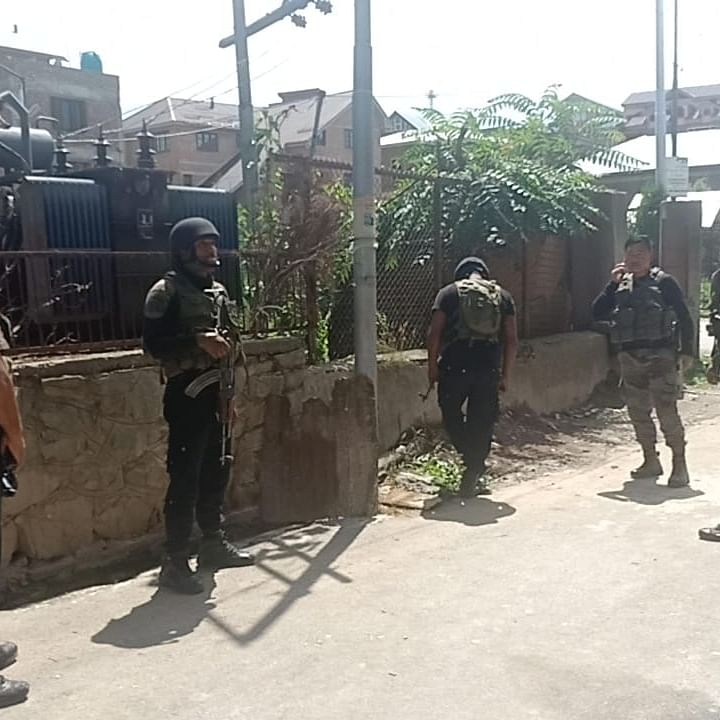Security forces in Anantnag district, Kashmir (IANS Photo)