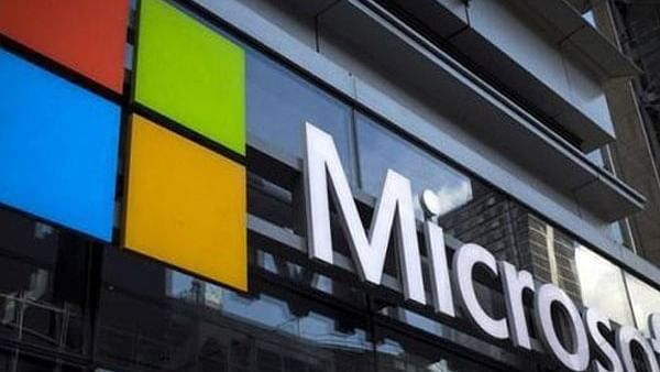 Microsoft tells United States employees to work from home