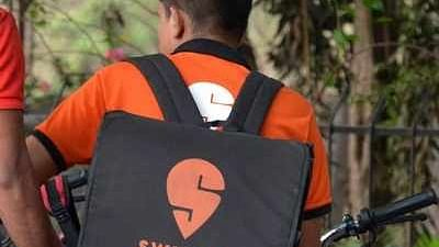 """""""Select a Hindu delivery person,"""" customer tells Swiggy, refuses to accept food delivered by Muslim man"""