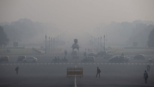 Odd-even rule kicks in as pollution in Delhi remains severe